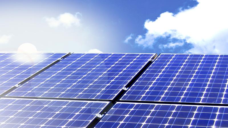 energia con pannello fotovoltaico